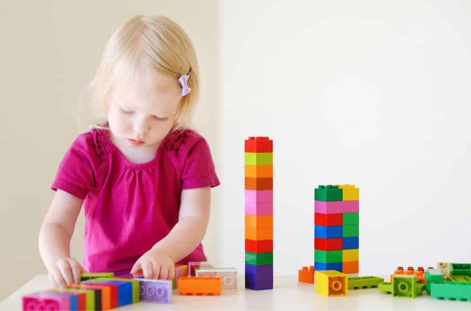 girl with blocks